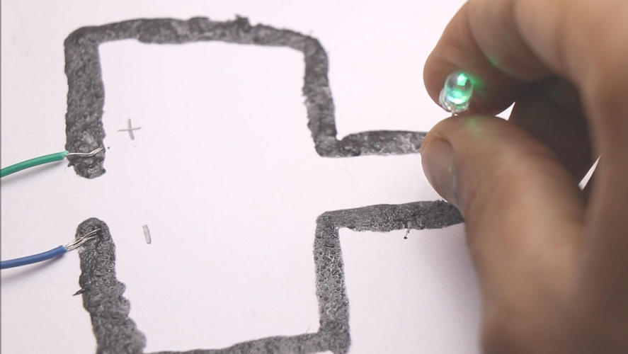 You are currently viewing How to Make conductive Paint