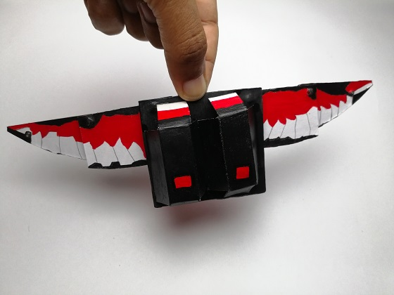 Make foldable falcon wings